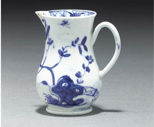 A Worcester blue and white sle