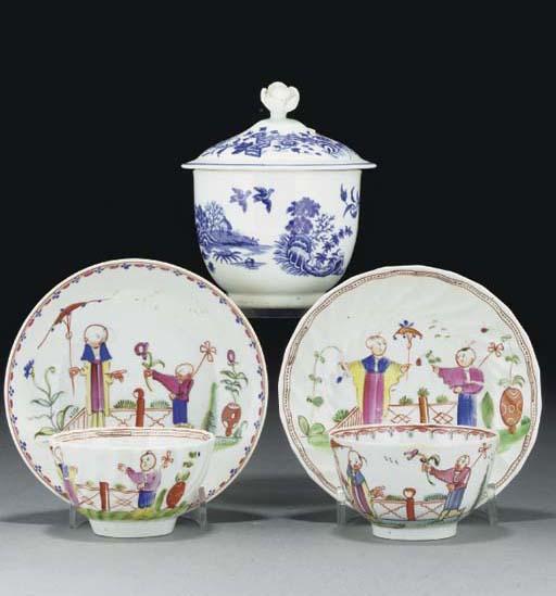 A quantity of English porcelai