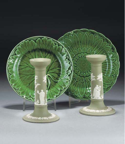 Twelve Wedgwood pottery green-