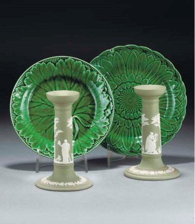 Twelve Wedgwood pottery green-
