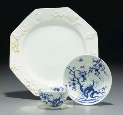 A Bow white prunus plate and a