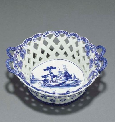 A Derby blue and white pierced