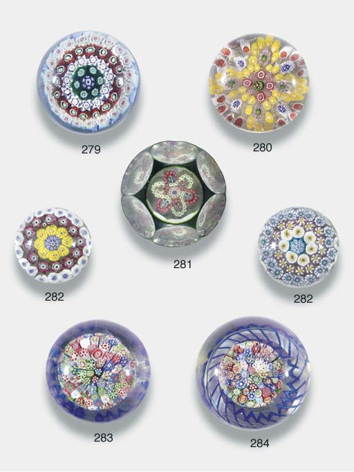 Two concentric millefiori weig
