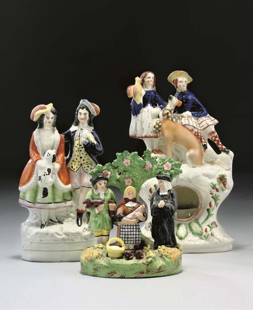 VARIOUS STAFFORDSHIRE POTTERY FIGURES AND MODELS