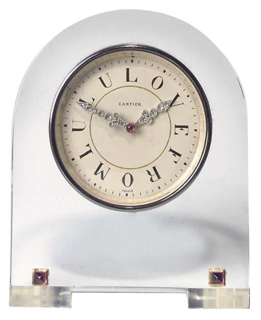 A Swiss crystal desk timepiece
