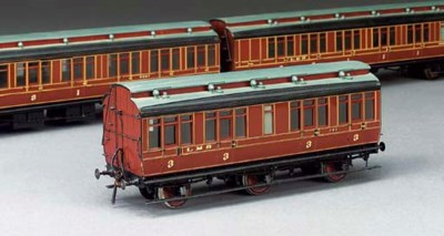 A rake of three LMS (ex-MR) cl