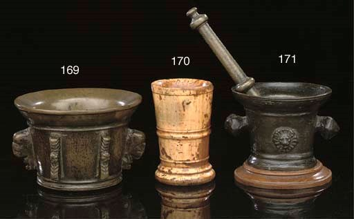 A Continental bronze mortar, p