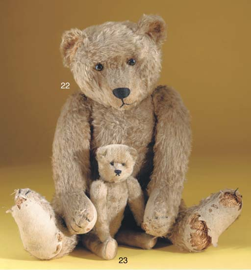 A large and fine Strunz teddy