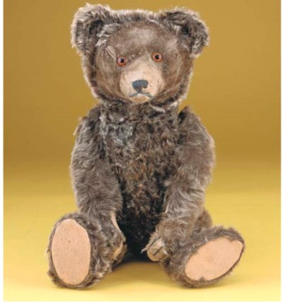 An unusual Strunz teddy bear