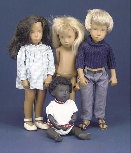 Four Trendon Sasha dolls