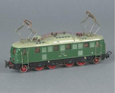 A Märklin MS800.3 green 1' Do