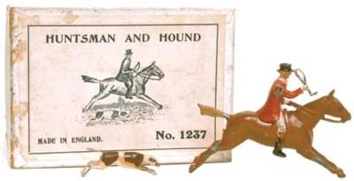 A Britains Set No. 1237 Huntsm