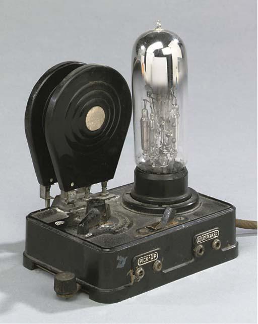 A one-valve RO 433 Loewe receiver