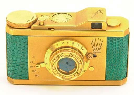 Luxia camera