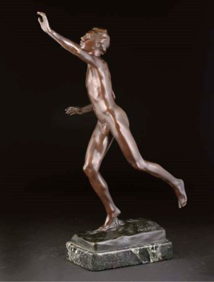 'Male Runner, a patinated bron