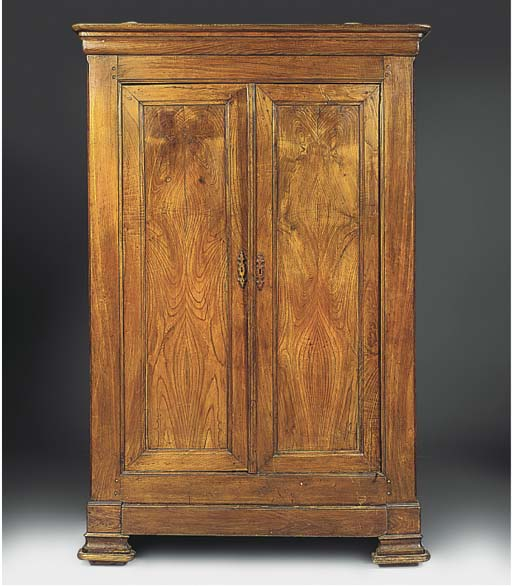 A French Provincial chestnut a