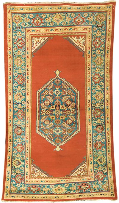 An antique Sultanabad rug, Wes