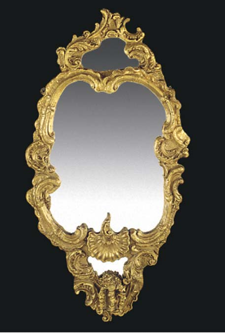 AN ITALIAN GILTWOOD AND GESSO