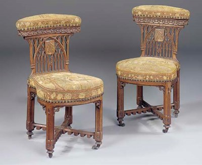 A PAIR OF FRENCH GOTHIC OAK VO