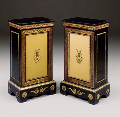 A PAIR OF FRENCH EBONISED AND