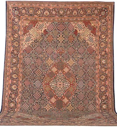 A fine Kurk Kashan carpet, Cen