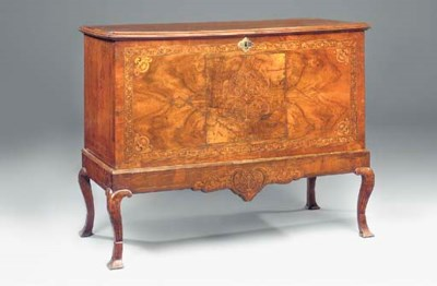 A WALNUT AND MARQUETRY COFFER