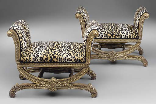 A PAIR OF CARVED GILTWOOD WIND