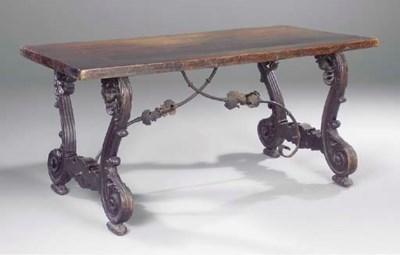 A SPANISH WALNUT CENTRE TABLE