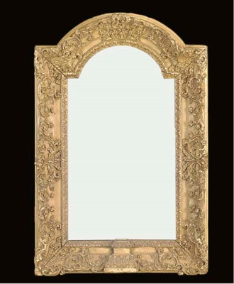 A GILTWOOD PICTURE FRAME
