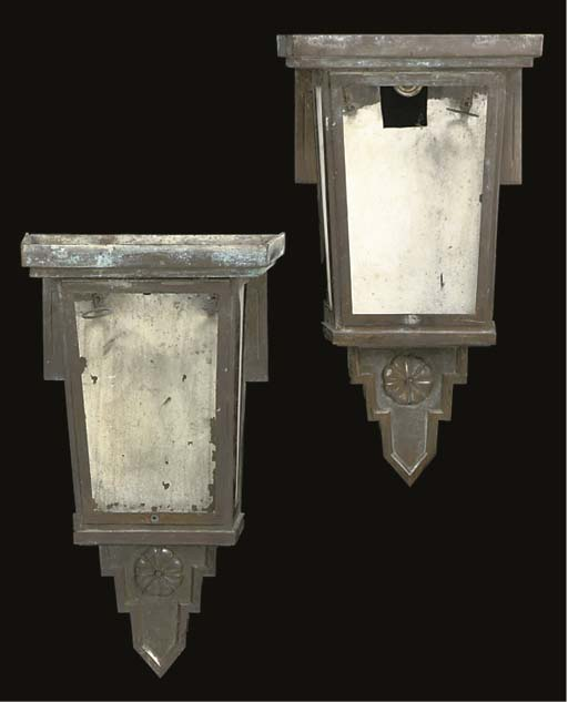 A PAIR OF LATE ART DECO BRONZE