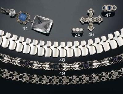 A sapphire and diamond triple