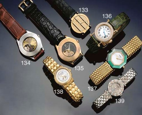 A lady's 18ct. gold automatic,