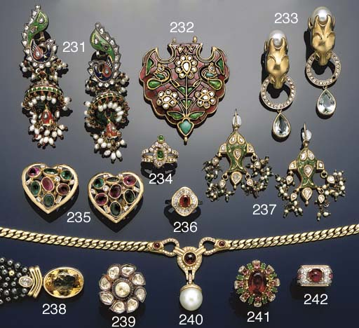 A pair of Indian diamond, enam