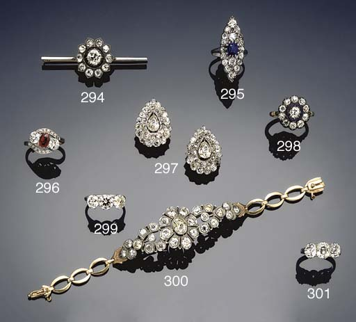 A pair of diamond cluster clip