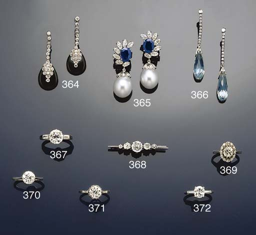 A diamond five stone bar brooch
