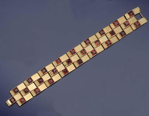A citrine bracelet