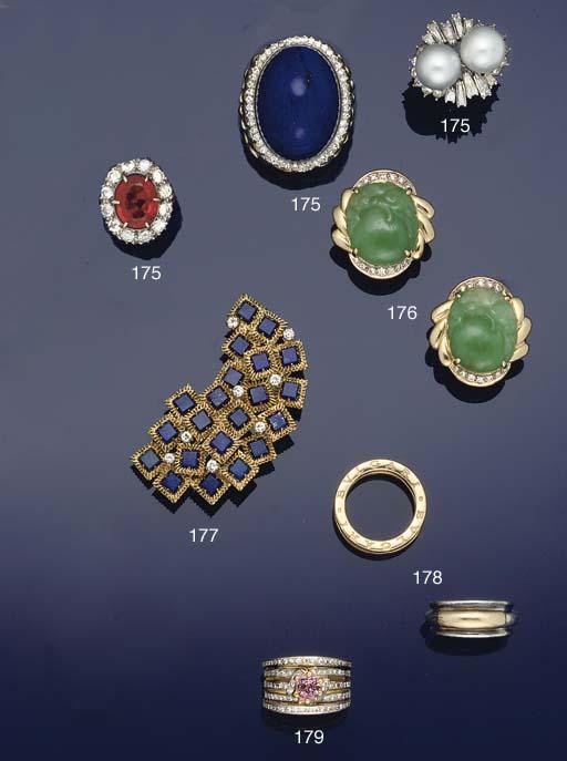 a diamond and lapis lazuli clu