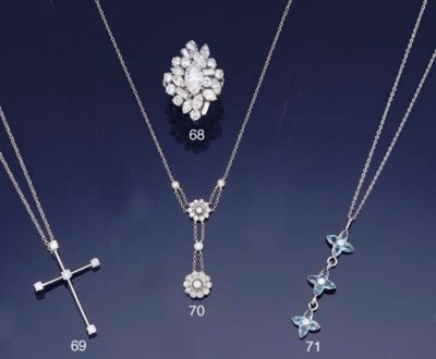 A diamond necklace by Tiffany