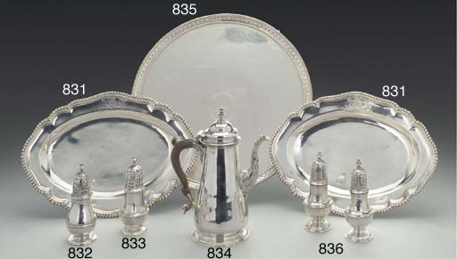 A GEORGE II SILVER MEAT DISH A