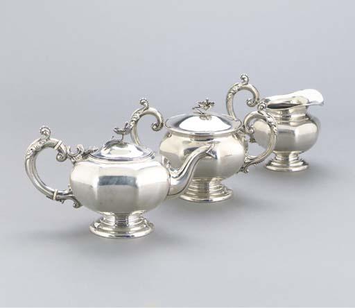 A THREE-PIECE DUTCH SILVER TEA
