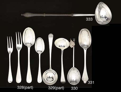 A QUEEN ANNE SILVER SPOON