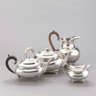 A VICTORIAN SILVER HOT WATER J