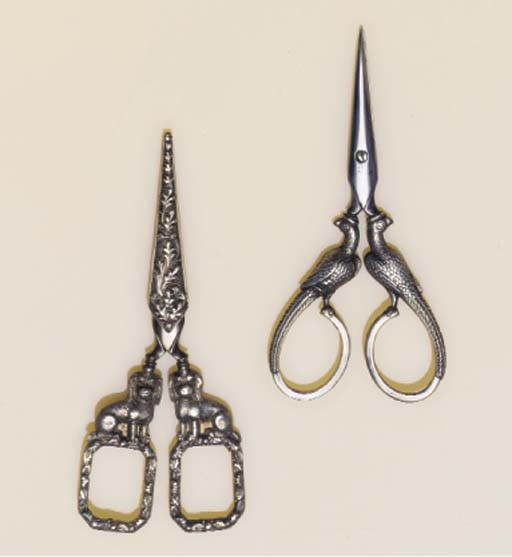 A SILVER-MOUNTED PAIR OF SCISS