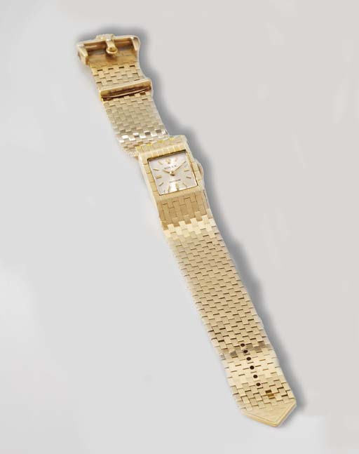 Rolex. A ladies unusual 18K go