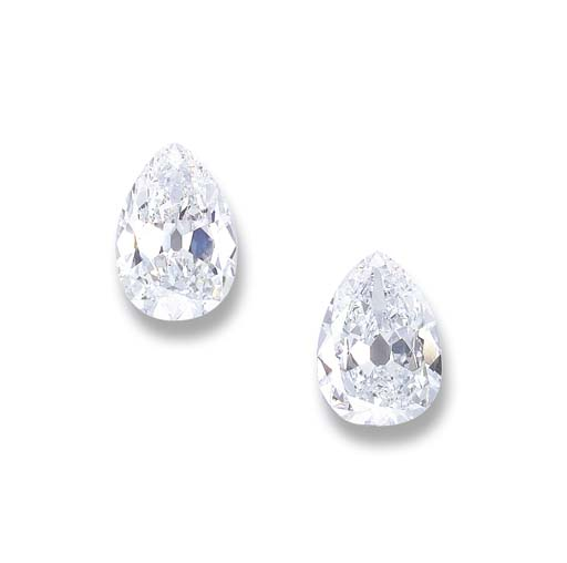 A PAIR OF MAGNIFICENT 'GOLCONDA' DIAMONDS