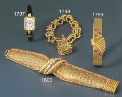 BOUCHERON. A LADY'S GOLD AND G