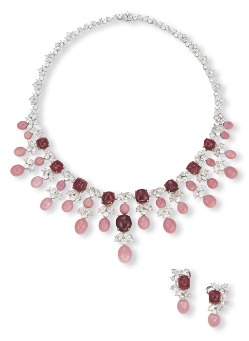 A SUITE OF CONCH PEARL, SPINEL