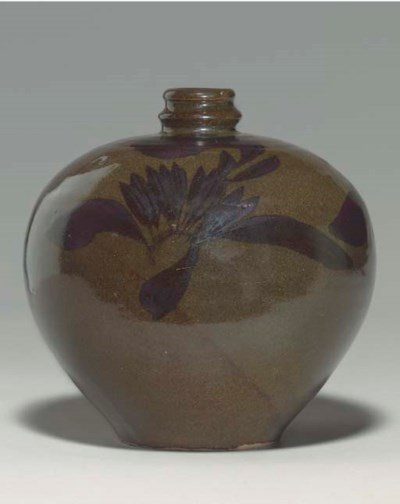 A CIZHOU IRON-BROWN-DECORATED