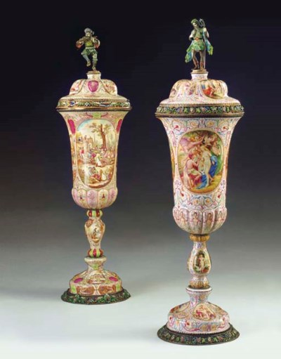 A matched pair of large Vienne