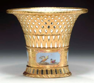 A SEVRES (FIRST EMPIRE) GOLD-G